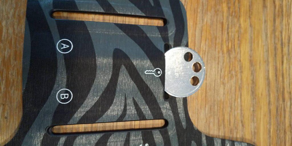 Auwet スポーツ スマホ アームバンド 鍵のポケット